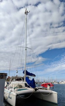 Made it to La Paz! Got to watch Mike on Shanti make some repairs at the top of the mast!