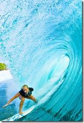 BH Surfing a Curl