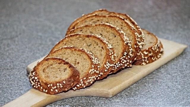 Barna kenyér - Egyszerű recept, amihez csak 3 alapanyag kell
