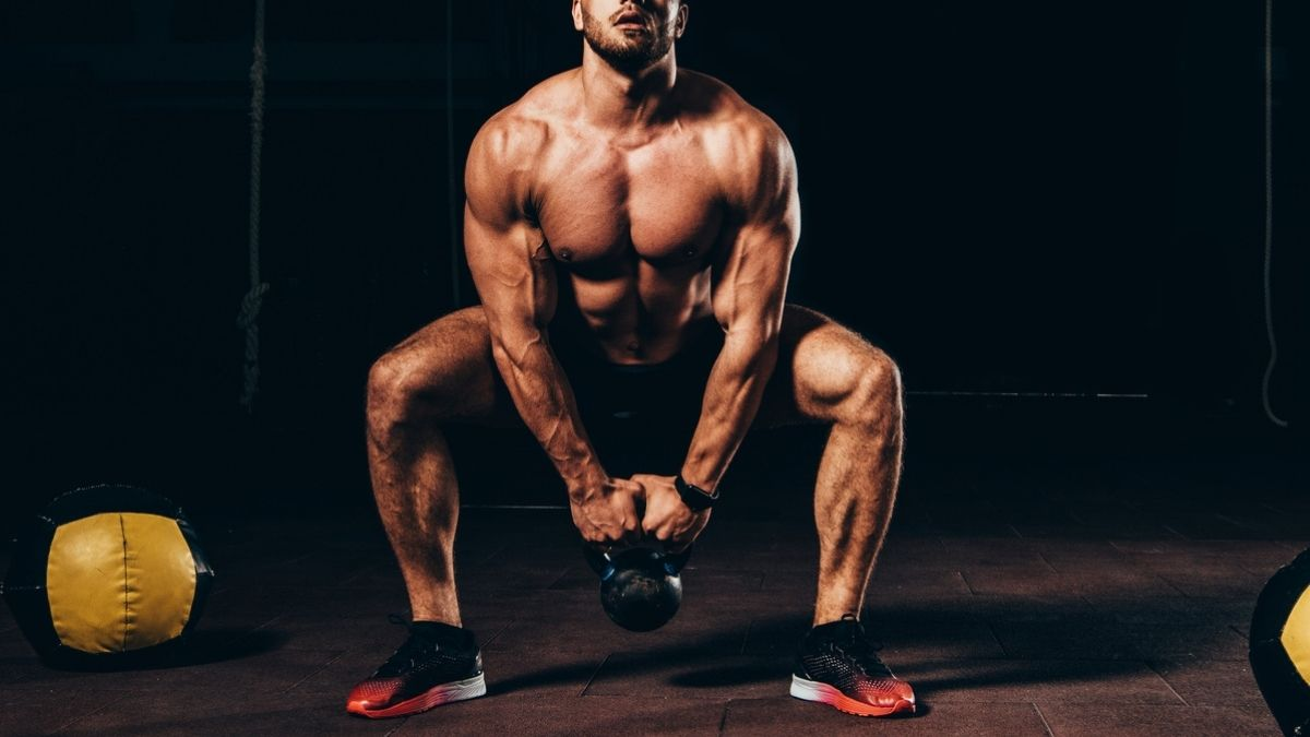 kettlebell squat to build muscle