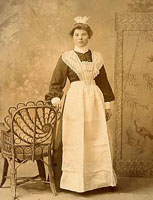 Unidentified young woman, Lancaster, 1905