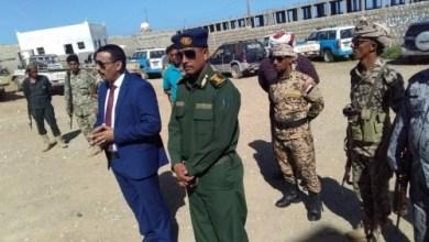 صورة وردنا الآن: مصادر خاصة تكشف عن تجهيزات أمنية وعسكرية في سقطرى بقيادة المحافظ رمزي محروس لاستهداف هذه الجهات