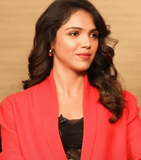 Shriya Pilgaonkar Age, Wiki, Family, Bio, Education, Career, Movies, TV Shows, Husband, Awards & Net Worth - Celebsupdate