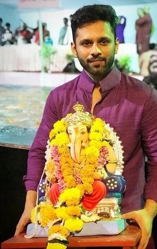 Rahul Vaidya at Ganesh Utsav