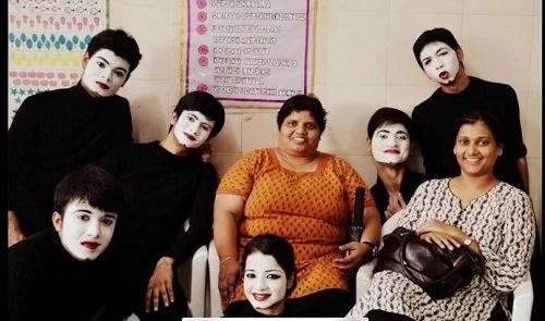Aashay Mishra With His Theatre Actors