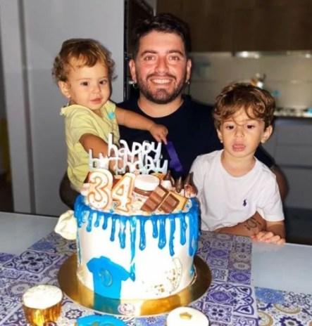 Diego Sinagra with his children
