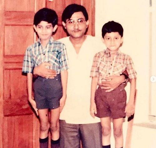 A Childhood Picture of Yash Sinha with his Father and Brother