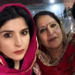 Maheep Kapoor with her mother Namita Sandhu