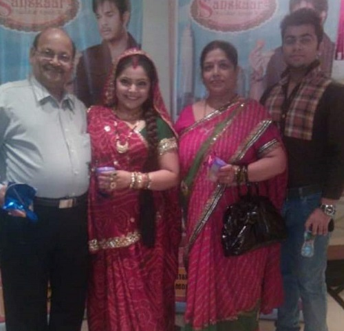 Divya Bhatnagar and her Family