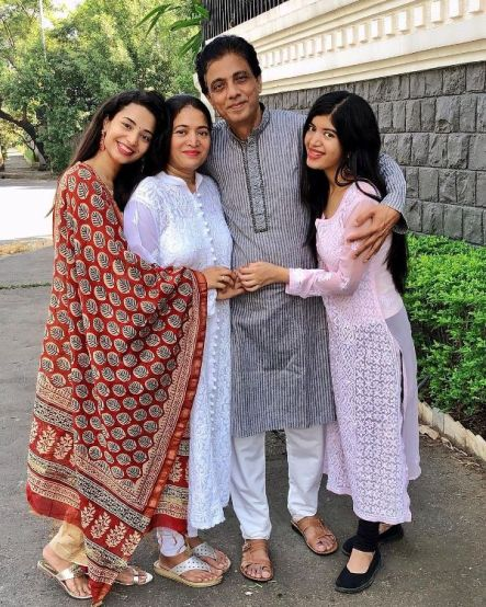 Anjali Barot with her family