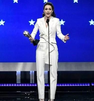 Rachel Brosnahan with her Critics Choice Award