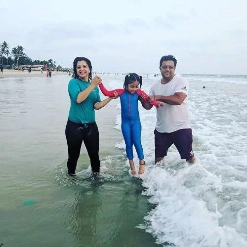 Snehlata Vasaikar with her daughter and husband