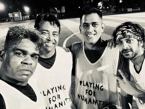 Karan Veer Mehra with his celebrity football team players