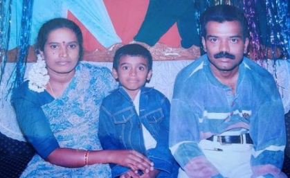 Raghu Gowda in childhood with his parents