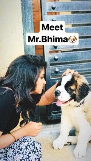 Divya Suresh and her pet dog