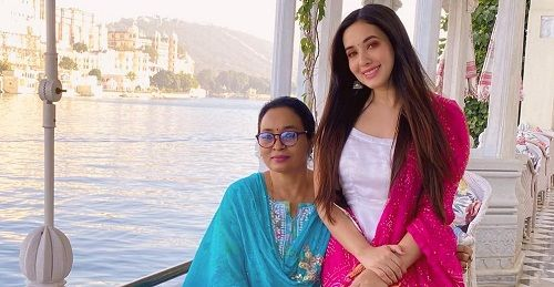 Aditi Budhathoki with her mother