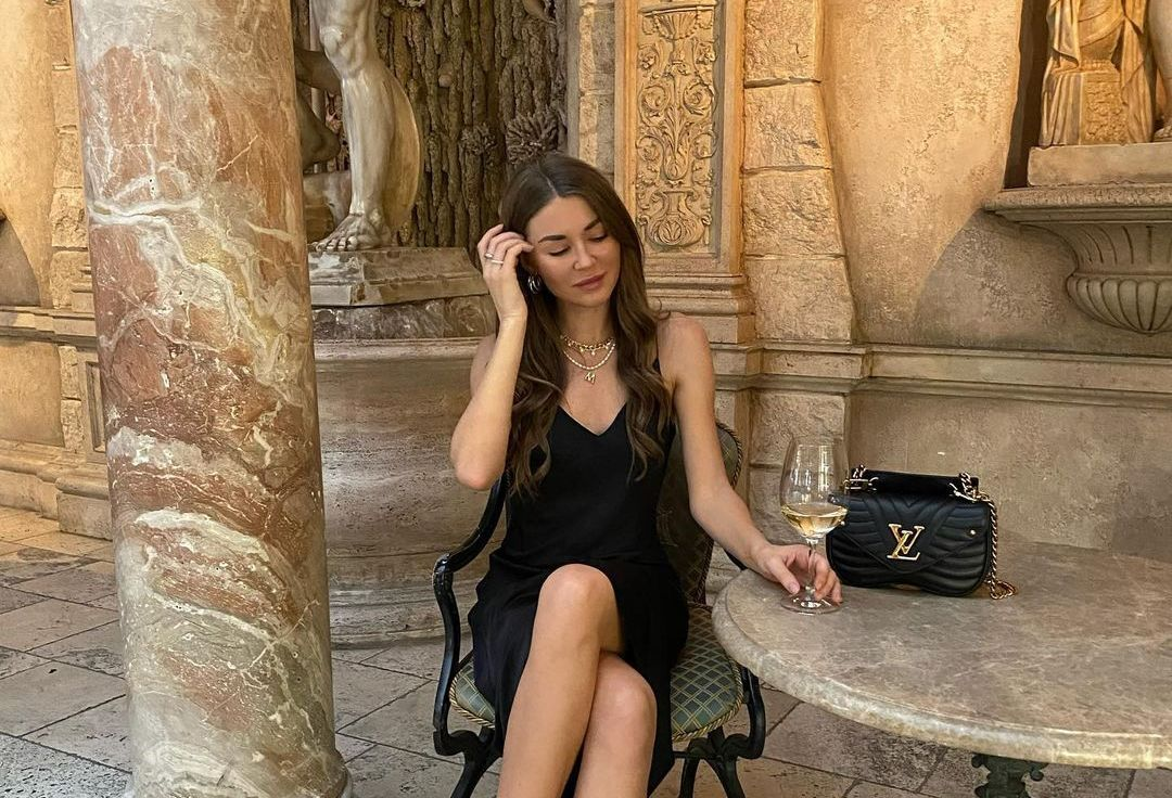 Mariwka (Model) Wiki, Biography, Age, Boyfriend, Family, Facts and More - Wikifamouspeople