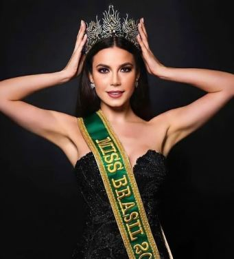 Julia Gama as Miss Brazil 2020