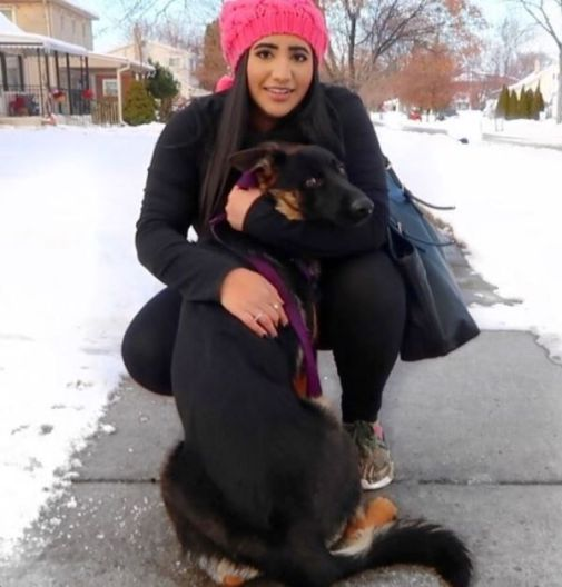 Noor Stars with a street dog