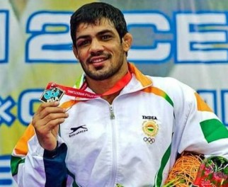 Sushil Kumar at Moscow World Championship with his medal in 2010