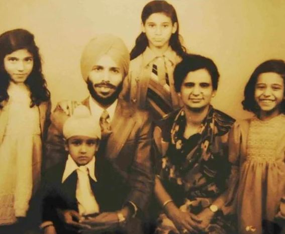 Sonia Sanwalka in childhood with her family