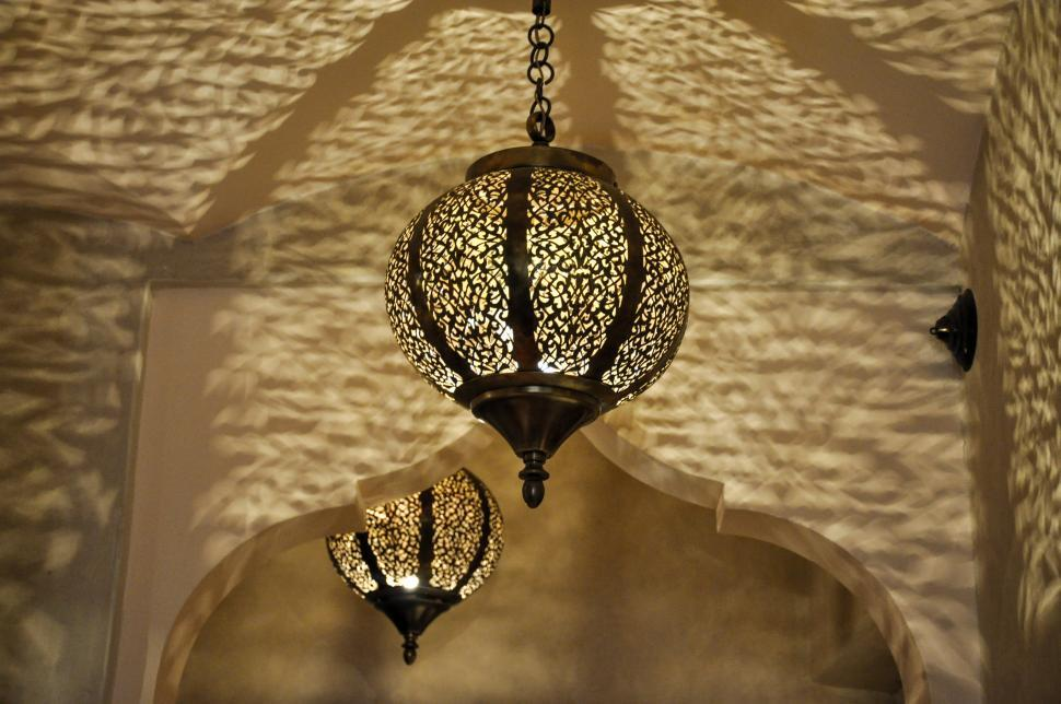 modern kitchen light fixtures clocks wine theme get free stock photos of arabic lamps online | download ...