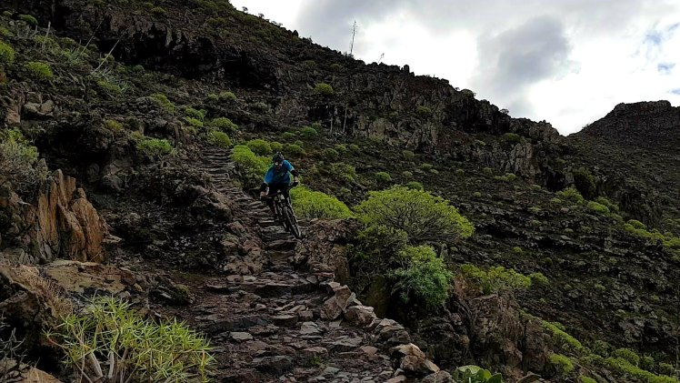 Yeah - La Gomera – Trails & Hippies