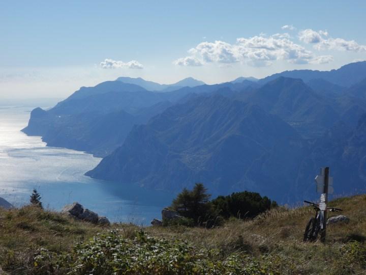 Mit gigantischer Aussicht über den Gardasee...