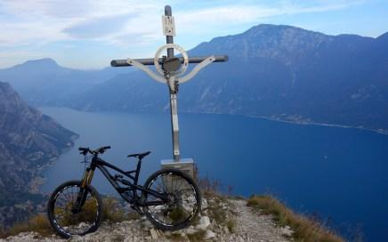 Am Gipfel des Monte Bestone...