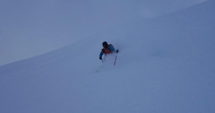 Hintere Steinkarspitze (2.215 m), Powdervergnügen für kalte Tage