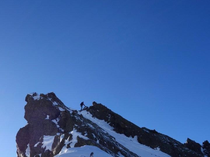 zum Skidepot und weiter zum Gipfel.