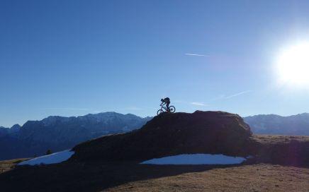 Traumhafte Aussicht und die Qual der Trailwahl hat man am Roßwank
