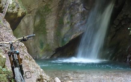 Bocca Giumella, extremer Flowtrail-Alarm am Lago