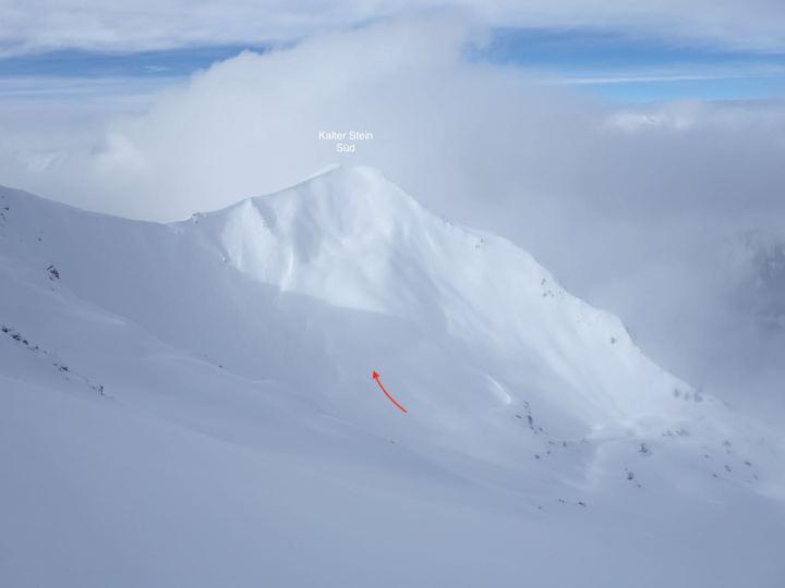 Der Aufsteig zum Kalten Stein...mitten durch die Südflanke zieht sich ein breiter Rücken..