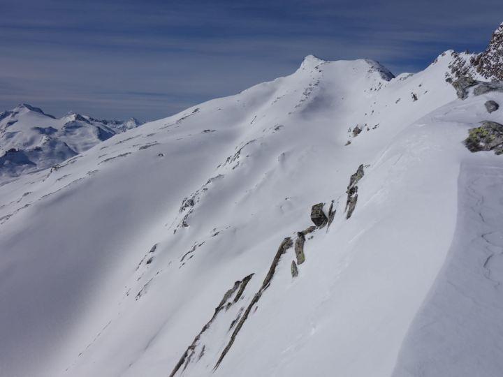 Frunthorn, (3.030 m), direkt aus dem Skigebiet Vals3000 erreichbar.