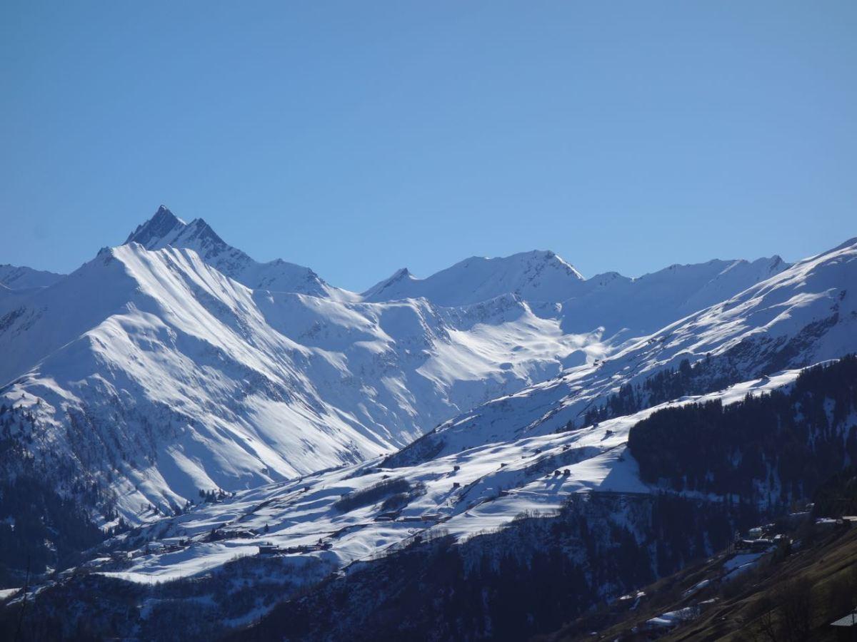 Schwarzhorn (2.944 m), Soul-Riding ins Val Lumnezia