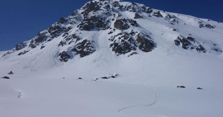 Sentischhorn (2.827 m), steiler N-seitiger Rinnenspass im Flüelatal, Davos