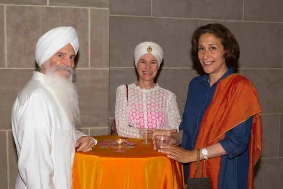 Gurumeet and Gurujotsingth Khalsa with exhibition curator, Debra Diamond.