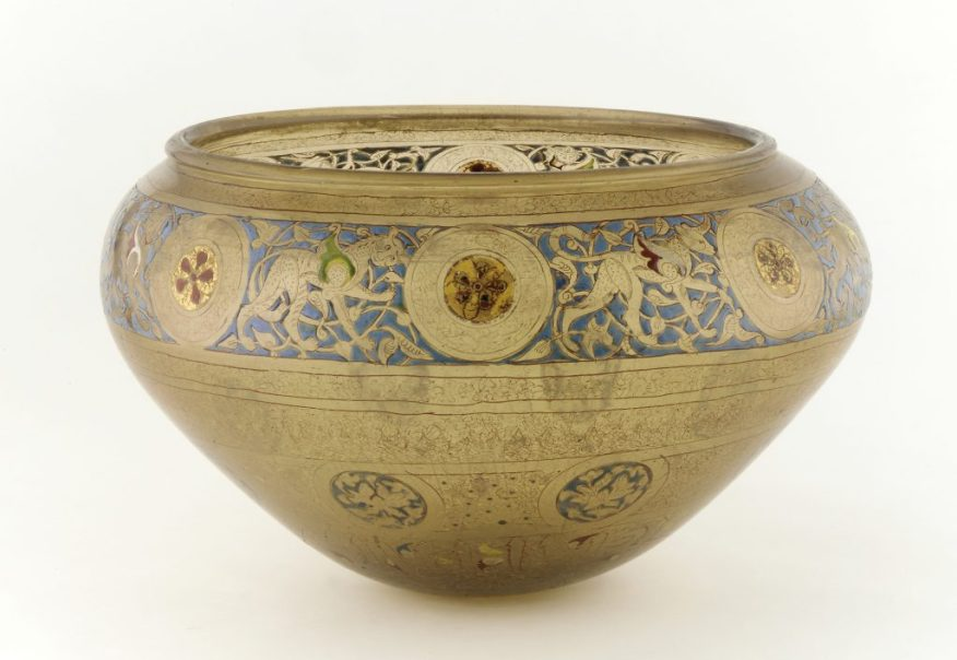 Bowl; Syria, Mamluk period, 1350s–1400s; gilded and enameled glass; Purchase, Freer Gallery of Art; F1933.13