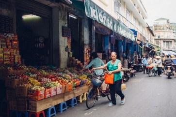 Sweets shop near Dong Xuan Market