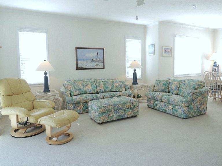 North Myrtle Beach Condo Living Room