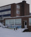 School_during_snow_wikimedia commons by Editor507