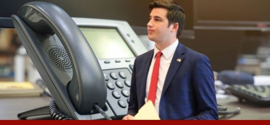 Irate Caller Abuses Rep From Iowa