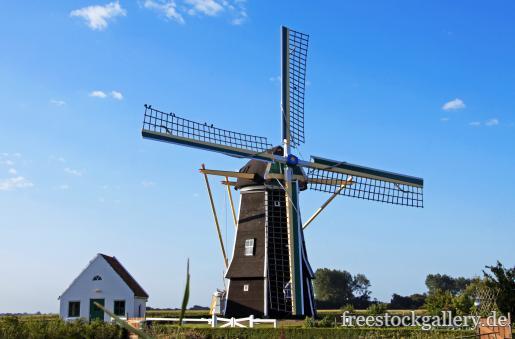 Windmhle auf dem Land in Holland  kostenloses Bild