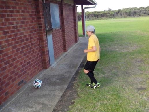 wall soccer