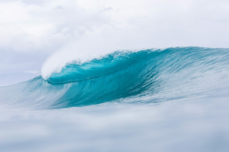 Heaven sent, my first empty wave photo at pipeline.