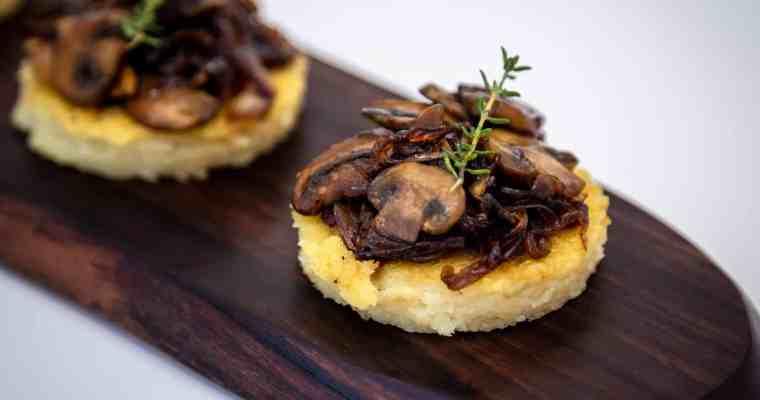 Bouchées véganes Polenta et Champignons caramélisés (sans gluten)