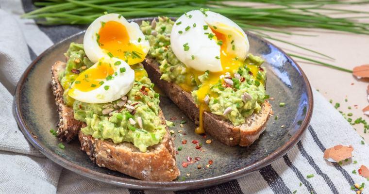 Tartines Avocat et Œuf Mollet