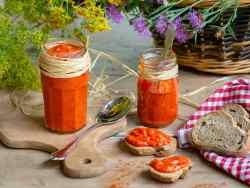 Une recette de caviar de poivrons (ou poivronnade) pour accompagner vos tartines et salades ! Recette vegan, végétalienne, sans gluten