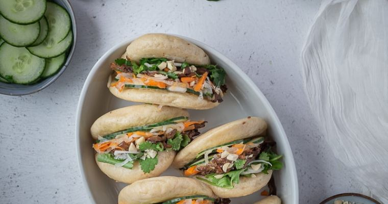 Gua Bao Vegan (petits sandwichs chinois dans un pain vapeur)
